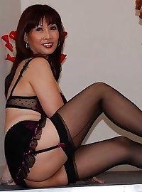 Asian matures and milfs 37