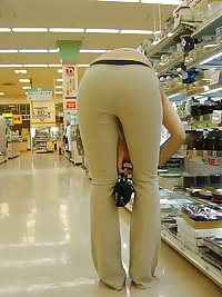 asian intight pants and pantys in public